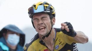 """Rogličs svin uzvaru kalnu posmā un pārņem vadību """"Vuelta a Espana"""""""