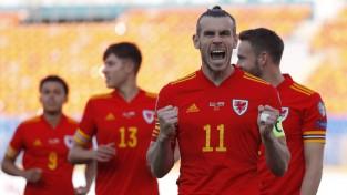 """Beila """"hat-trick"""" ļauj Velsai pēdējās sekundēs pieveikt Baltkrieviju"""