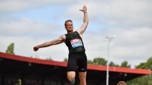 Olimpiskais čempions tāllēkšanā Raterfords iekļauts Lielbritānijas bobsleja izlasē