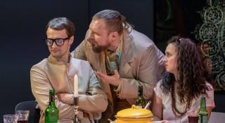 """Liepājas teātrī pirmizrādi piedzīvos iestudējums """"Kā mīl tā otra puse"""""""