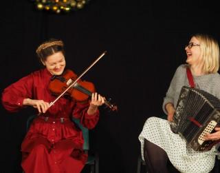 Internetā skatāmas vērtīgas tradicionālās vijoles spēles  lekcijas