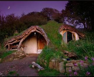 Māja zem zemes jeb ģimene, kas piepildīja savu sapni