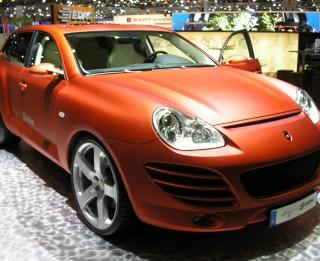 Kā bez naudas tikt pie  Porsche luksus auto?