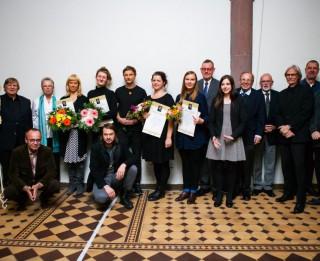 """""""Brederlo – von Sengbusch mākslas prēmiju 2016"""" iegūst Una Stahovska,  Dārta Stafecka, Marta Veinberga un Ella Mežule"""