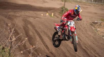 Jonass MXGP sezonu turpina smilšu trasē Lommelā