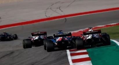 """Alonso: """"F1 tiesneši pieņem lēmumus, balstoties uz pilotu tautību"""""""