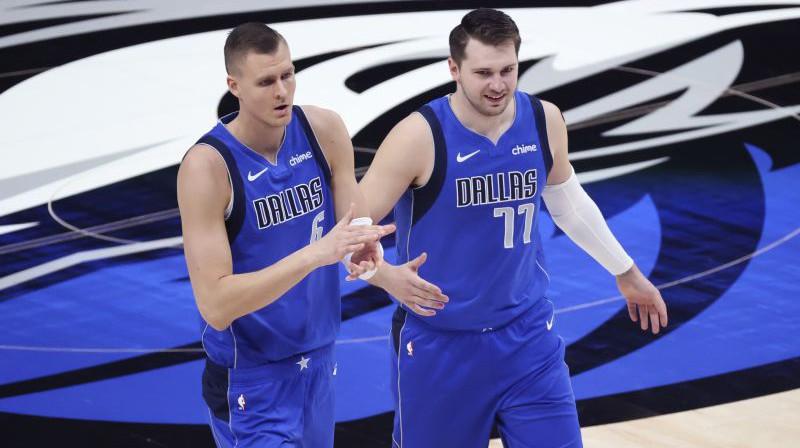 Kristaps Porziņģis un Luka Dončičs. Foto: USA Today Sports/Scanpix