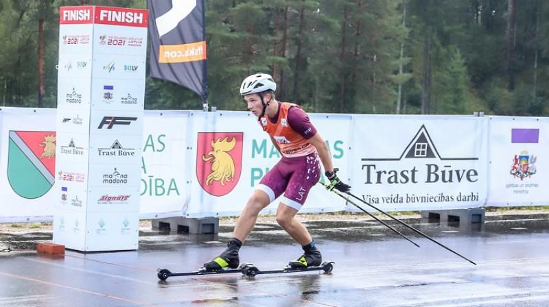 Finišē otro vietu ieguvušais madonietis Lauris Kaparkalējs. Foto: Agris Veckalniņš/Madona.lv