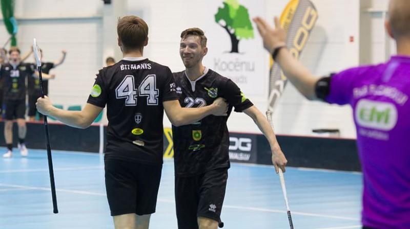 Toms Bitmanis un Jānis Škutāns Foto: Floorball.lv
