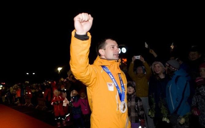 Saraksts: Olimpiskie medaļnieki - līderi valsts naudas balvu topā