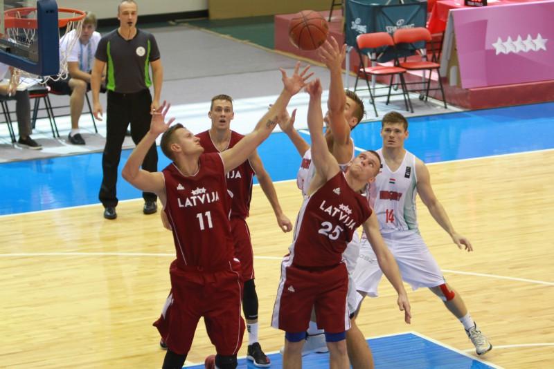 Latvijas un Serbijas pirmais nedēļas duelis: cīņa par universiādes bronzu