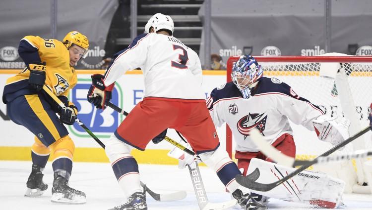 Merzļikins sāk NHL sezonu ar neveiksmi, Kolumbusai vēlreiz aizvadot vāju 3. periodu