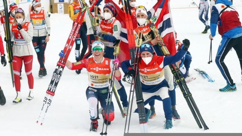 """Norvēģija atgūst titulu stafetē, zviedru smērētāji """"norok"""" komandu"""