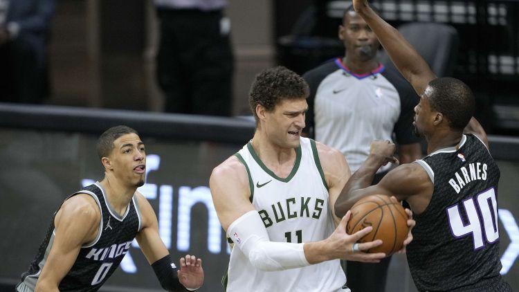 """""""Bucks"""" ar Kurucu rezervē apspēlē """"Kings"""", """"Jazz"""" jauns NBA rekords tālmetienos"""