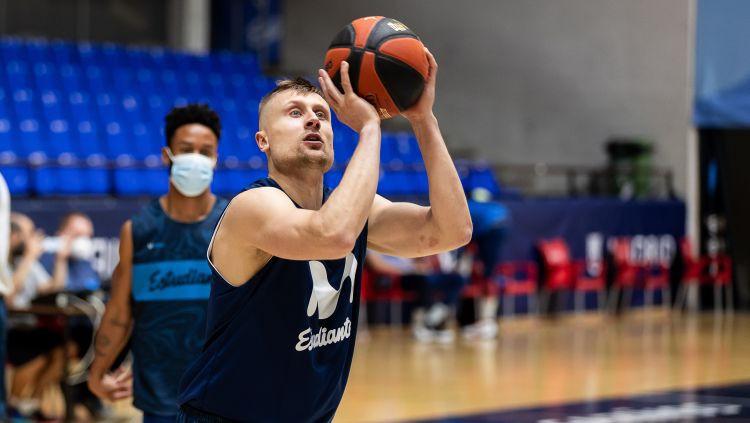 Laksas debijā ''Estudiantes'' zaudē Kuruca ''Baskonia'', Bērzam 13 punkti Lietuvā