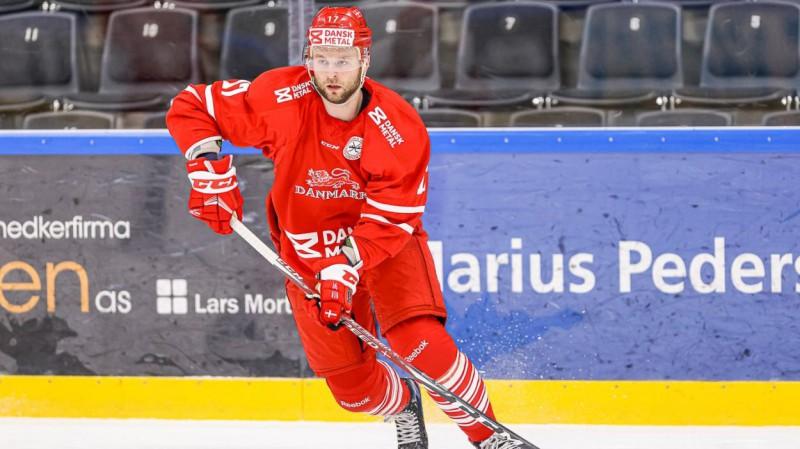 Dānijas hokejisti pārbaudes spēlē apspēlē Zviedriju, čehi sakauj Vāciju