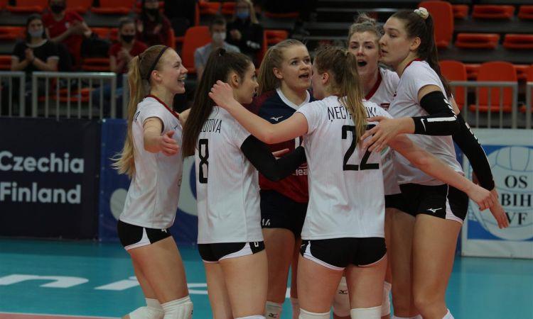 Sieviešu izlase noslēdz EČ kvalifikāciju ar zaudējumu trijos setos Čehijai