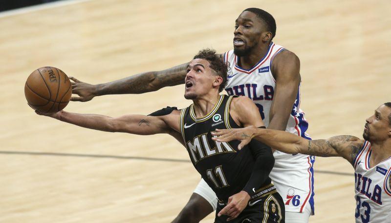 """Jangam 25+18 uzvarā pret """"76ers""""; """"Clippers"""" panāk izlīdzinājumu sērijā"""
