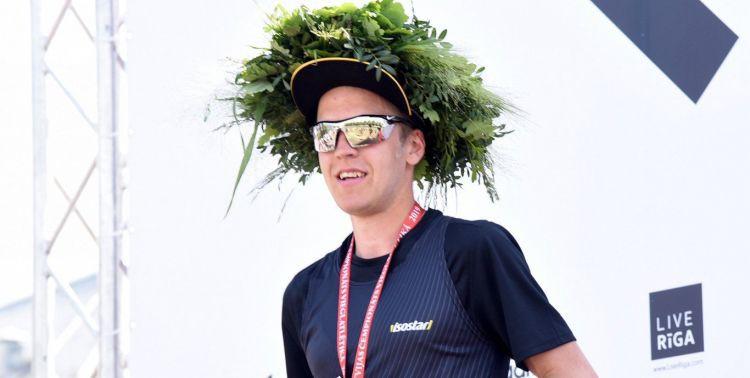 Par Latvijas čempioniem maratonā kļūst Kristaps Bērziņš un Amanda Krūmiņa