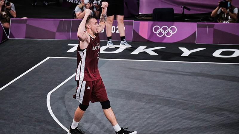 """""""Kandavas/Anzāģes"""" rindās pieteikts olimpiskā zelta metiena autors Lasmanis"""